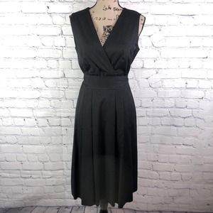 Escada V Neck Black Sleeveless Dress 10